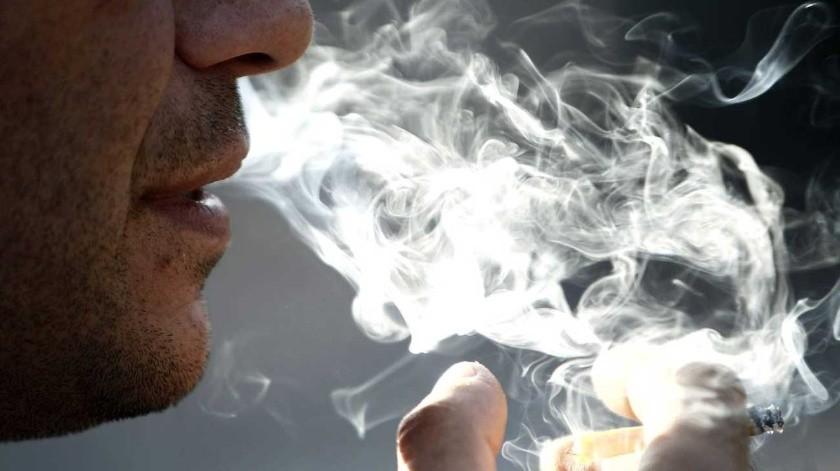 La exposición al humo del cigarro sí causa la muerte, incluso de los no consumidores.(Tomada de la red)