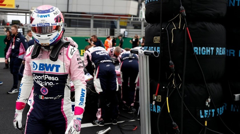 'Checo' Pérez termina en último lugar en el GP de Gran Bretaña.(Twitter)