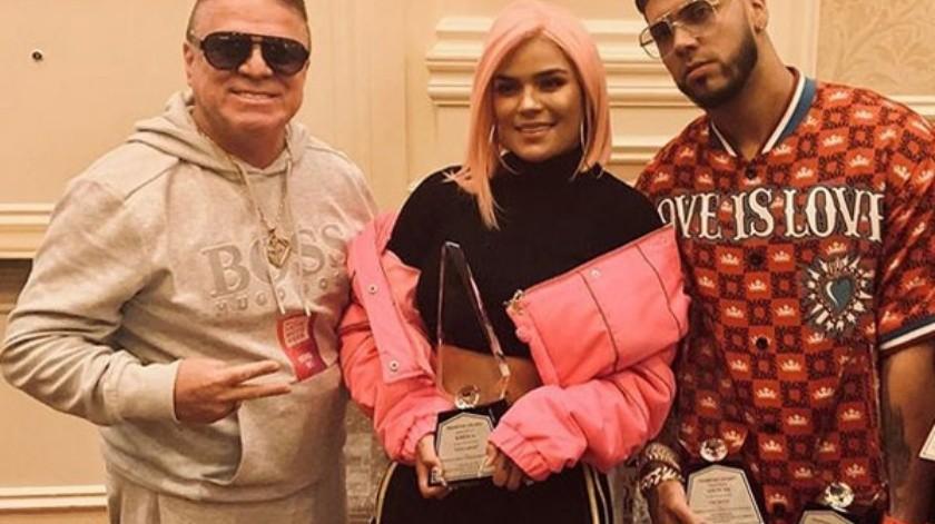 El padre de Karol G le quiere hacer la competencia a su hija.(Cortesía Instagram)