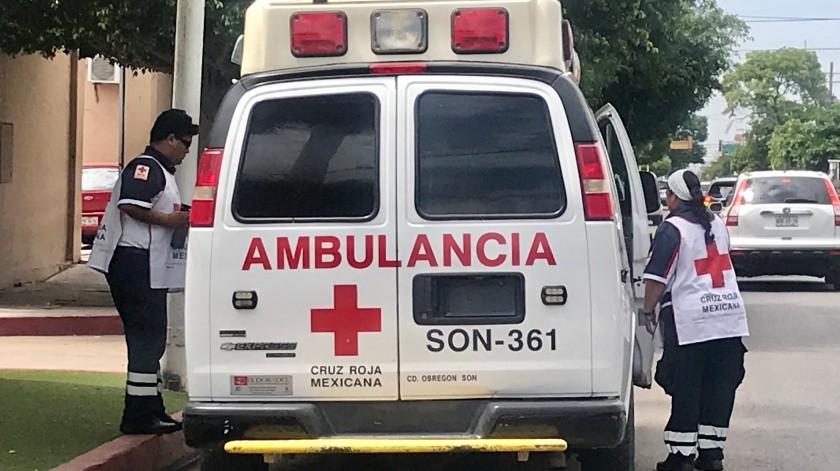 Automovilistas no ceden paso a ambulancias: Cruz Roja