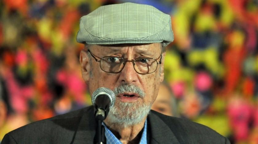 El reconocido poeta y ensayista cubano Roberto Fernández Retamar, Premio Nacional de Literatura y presidente de la prestigiosa Casa de las Américas, falleció este sábado en La Habana a los 89 años.(EFE)