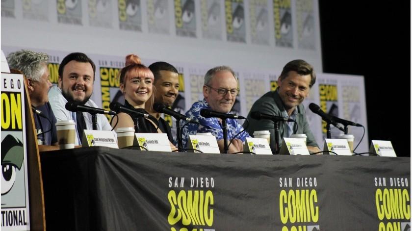 """Por una última vez, la serie de HBO, """"Game of Thrones"""" estuvo presente en el icónico Hall H de San Diego Comic Con, este viernes."""