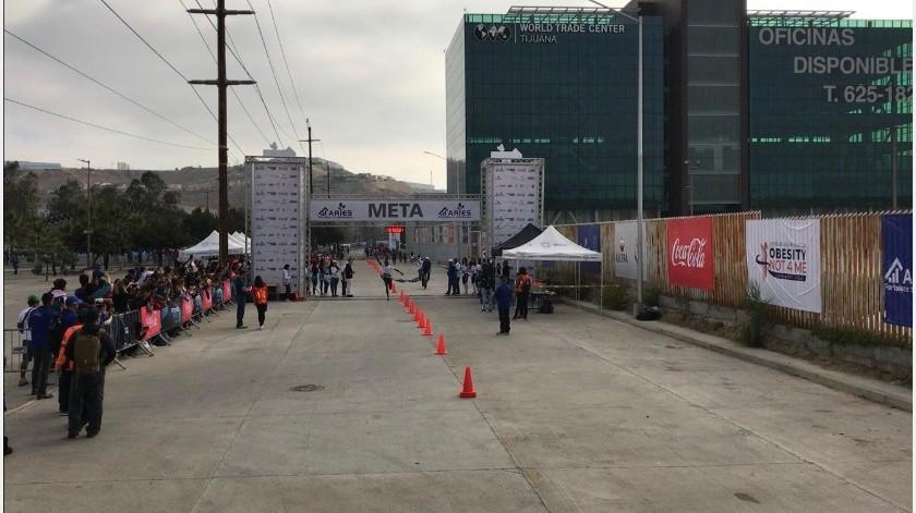 Los kenianos Geoffrey Kenisi Bundi y Caroline Kiptoo con 1:03:24 y 1:16:58 respectivamente, fueron los ganadores absolutos de la edición No. 25 del Medio Maratón Internacional de Tijuana.(Johanna Mejía)