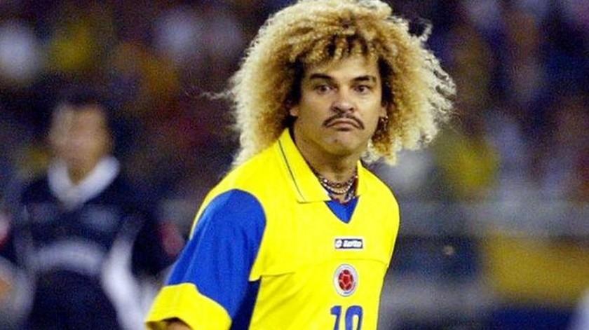 El ex futbolista colombiano sorprendió con su cambio de imagen en redes sociales.(Twitter)