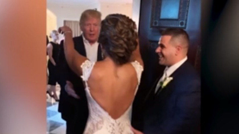 VIDEO: Sorprende Trump a pareja durante su boda(Captura de video)