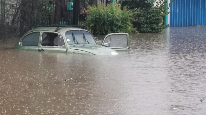 Se registran daños severos tras lluvia en Oaxaca(Twitter @ElUniversalOax)
