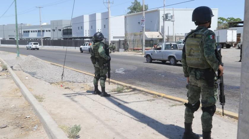 Operativo de la guardia Nacional por el Bulevar Xólotl y Clouthier en la colonia López Mateos al Sur de la ciudad.(Anahí Velásquez)