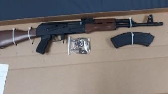 Caen 3 hombres con armas de uso exclusivo del Ejército y Fuerzas Armadas en SLRC