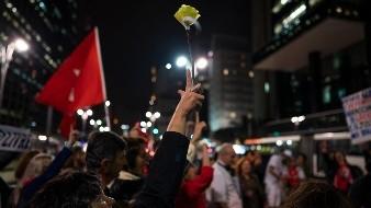 Protestas apoyan a Glenn, periodista amenazado por Bolsonaro