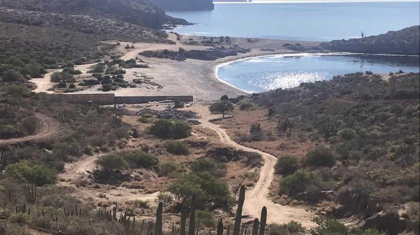 Aseguran autoridades ecológicas que la construcción de los tres muelles no afectará la playa.(Yesicka Ojeda)