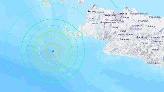 A magnitude 5.9 earthquake strikes near Tugu Hilir, Sumatra, Indonesia