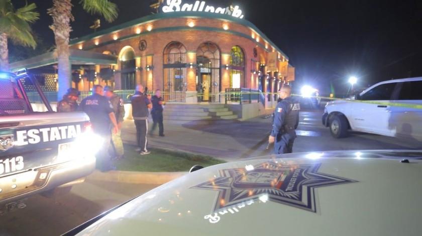 Un muerto y un lesionado es el resultado de un ataque suscitado en elrestaurante Ballparkubicado en la calle Colosio casi con Quiroga, en la ciudad de Hermosillo.