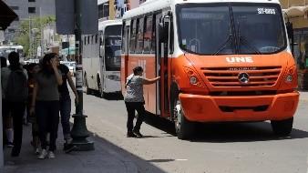Huelga de transporte público afectaría a 200 mil usuarios