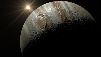 Tiene Júpiter restos de otro planeta en el interior