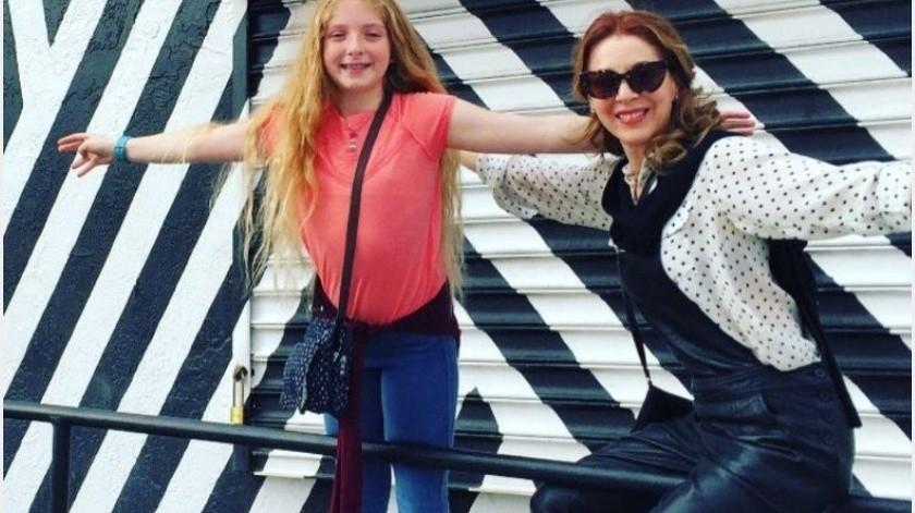 Uno de los sueños de Edith González era festejar a lado de su hija Constanza sus 15 años, sin embargo, el cáncer le arrebató dicho anhelo, es por ello que la joven tuvo un cumpleaños discreto y en familia.(Tomada de la red)