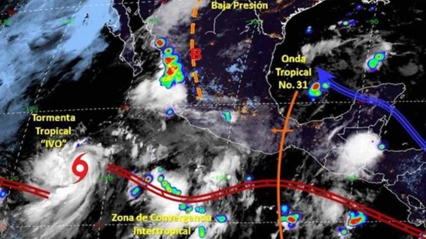 La tormenta se ubica al Suroeste de Baja California Sur, con pronóstico de trayectoria hacia el Noroeste.(Cortesía Twitter)