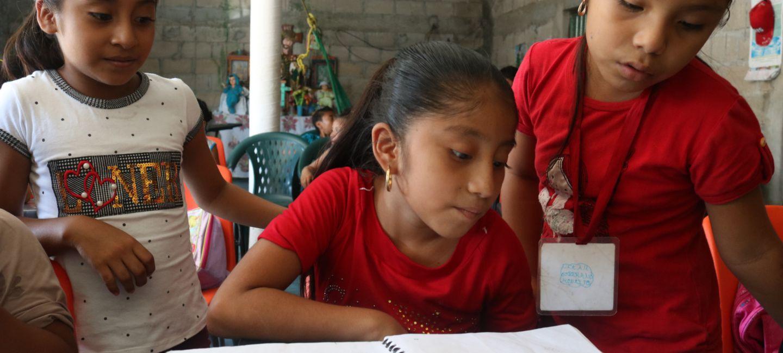 Los niños son la esperanza para preservar el ayapaneco.