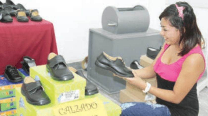 Recomiendan revisar calzado de niños cada 6 meses(Archivo)