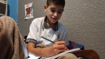 Jorge Alfredo cursaba sexto año de primaria cuando ocurrió el accidente y este lunes ingresó a secundaria.