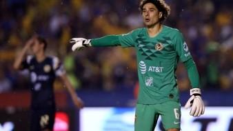Guillermo Ochoa fue poco exigido y nada pudo hacer en el gol de Tigres.