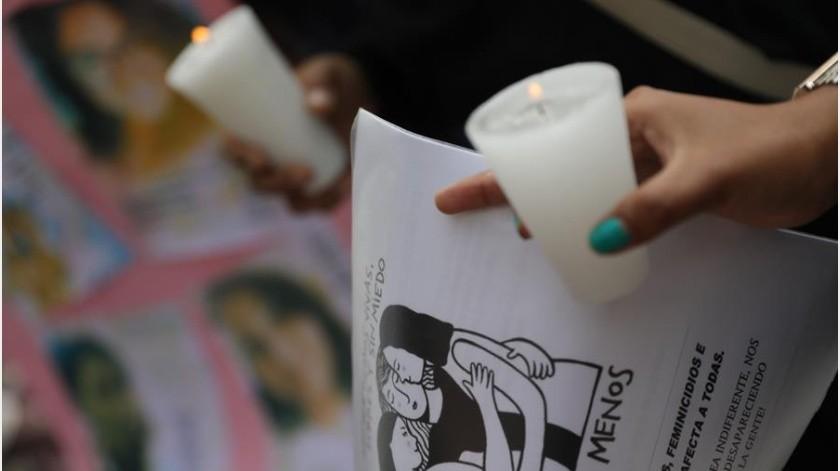 La violencia continuada y la falta de respuestas oficiales en México han colmado la paciencia de muchas mujeres que ya no quieren permanecer calladas ante los feminicidios y las constantes discriminaciones, y las cuales la semana pasada protagonizaron dos marchas en la capital.(EFE)