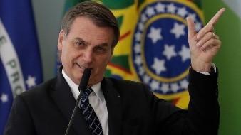 Bolsonaro dejará de usar bolígrafos franceses tras conflicto con Macron