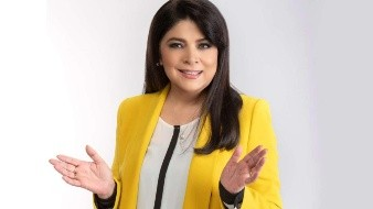 """La indignación entre los fans de Victoria Ruffo continúa luego de que hace una semana la telenovela """"Cita a Ciegas"""", protagonizada por la famosa actriz y por Sofía Garza, fuera removida de su horario de estreno."""