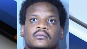 Bradley está detenido sin fianza por secuestro e intento de agresión sexual.