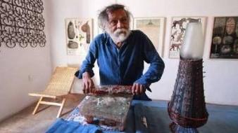 En la ciudad parisina conoció al pintor mexicano, también oaxaqueño, Rufino Tamayo, y al poeta mexicano Octavio Paz.