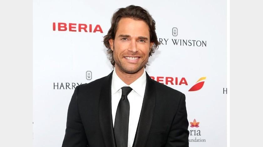 El actor argentino se mostró sorprendido al ver como un estadio hecho para jugar futbol americano se transformó en otro para jugar soccer.