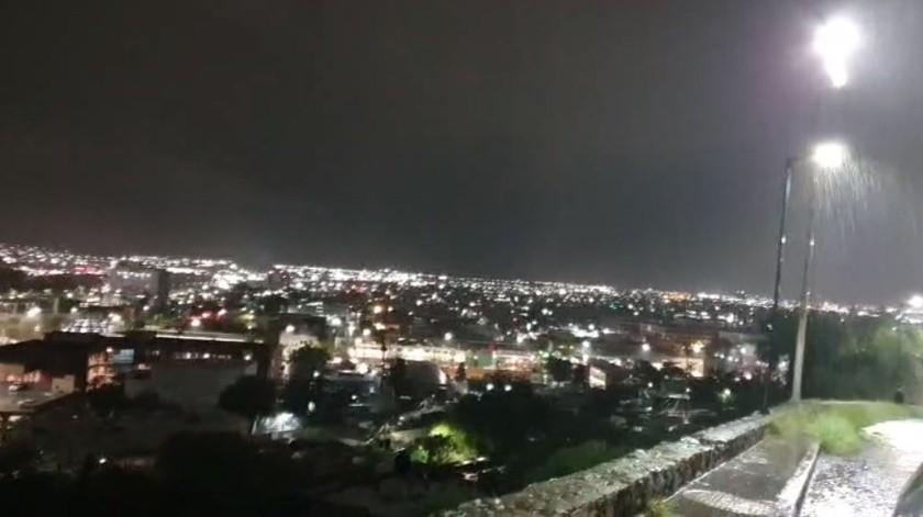 EN VIVO: Lluviosa noche de sábado en Hermosillo(Captura de video)