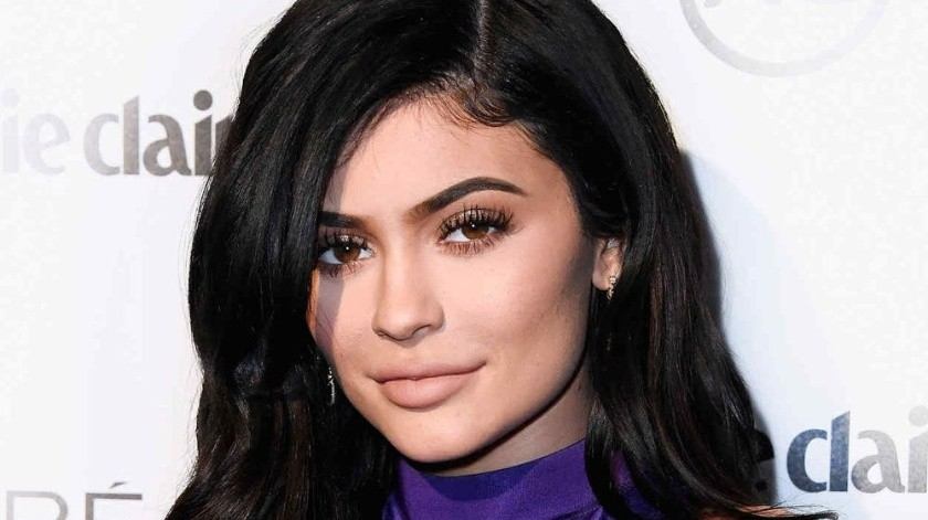 En la página oficial de Playboy se puede apreciar una fotografía extra, donde puede apreciarse el rostro de Kylie.(Tomada de la red)