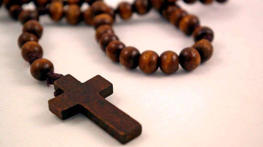 Una docena de líderes religiosos incluyendo un ex sacerdote, fueron arrestados por las autoridades del FBI, acusados de conspiración de trabajo forzado a personas en situación de calle.(Tomada de la red)
