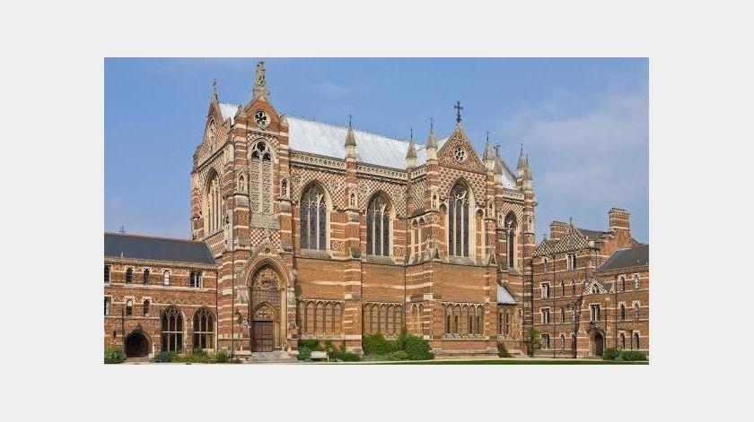 """La Universidad de Oxford (Reino Unido) ha sido seleccionada como la mejor institución de educación superior del mundo, con lo que encadena cuatro años consecutivos a la cabeza del """"ranking"""" divulgado hoy por la publicación británica Times Higher Education (THE)(Tomada de la red)"""