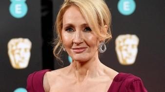 La madre de Rowling falleció por una enfermedad neurológica, esclerosis múltiple.