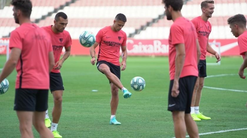 No había tenido tiempo para conocer a sus nuevos compañeros.(Sevilla FC)