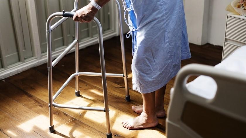 """Funcionaria de IMSS pide a paciente """"que se vaya a morir a su casa""""(Ilustrativa/Pixabay)"""