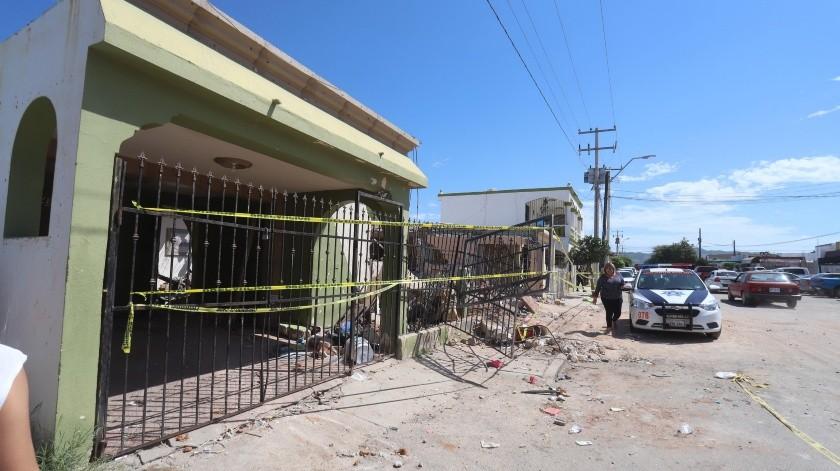 En este estado quedó una de las casas afectadas en la explosión del pasado jueves.(Teodoro Borbón)