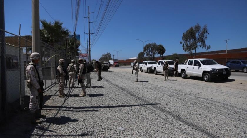 Autoridades federales y militares mantienen resguardado el narcotúnel.