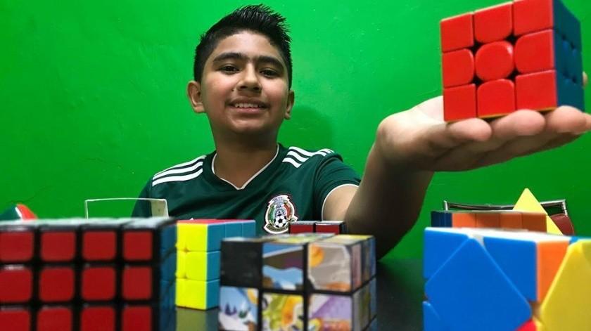 El navojoense Miguel Yared Valenzuela Rodríguez es un apasionado del cubo de Rubik.(Jesús Palomares)