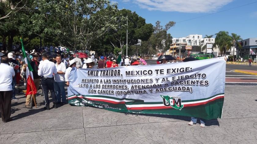 En Guadalajara, capital del Occidental estado mexicano de Jalisco, miembros del Congreso Nacional Ciudadano y otras organizaciones civiles tomaron algunas calles.(@GDLAhora)