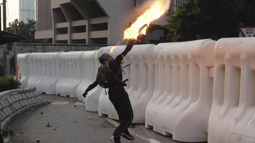 """""""La violencia dañina"""": Gobierno de Hong Kong ante manifestaciones(AP)"""