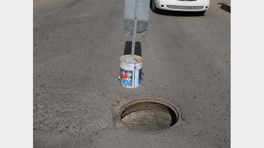Cuesta caro reponer tapas de alcantarilla por robo en la ciudad.