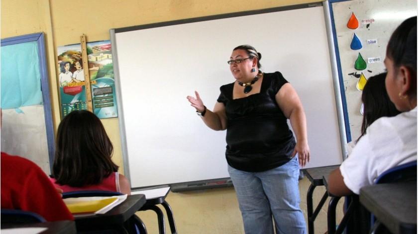 Las primarias David Alfaro Siquieros y Valentín Gómez Farías podrían ser las primeras en convertirse en escuelas bilingües en Tijuana, lo que representará un beneficio para los alumnos mexicanos y extranjeros que aprenderán español e inglés.