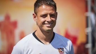 'Chicharito' es convocado por Sevilla para la Europa League