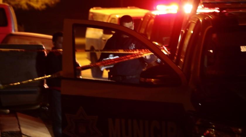Un hombre perdió la vida tras ser atacado a tiros en la colonia Olivares.