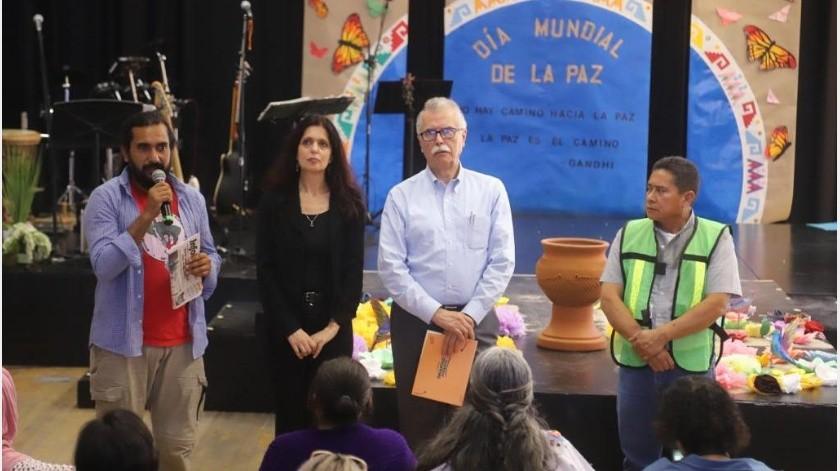 Hoy en el Cecut iniciaron las jornadas por la Paz Mundial, en donde participaron los pueblos originarios, barrios y comunidades de Baja California y San Diego.(Jesús Bustamante)