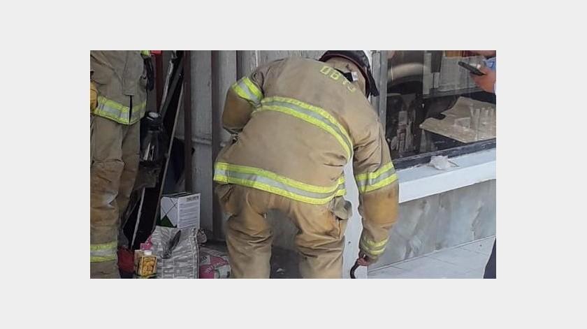 Hace unos momentos el personal de Bomberos Tijuana atendió el reporte de una fuga de gas cerca de la colonia Hipódromo.(Cortesía)