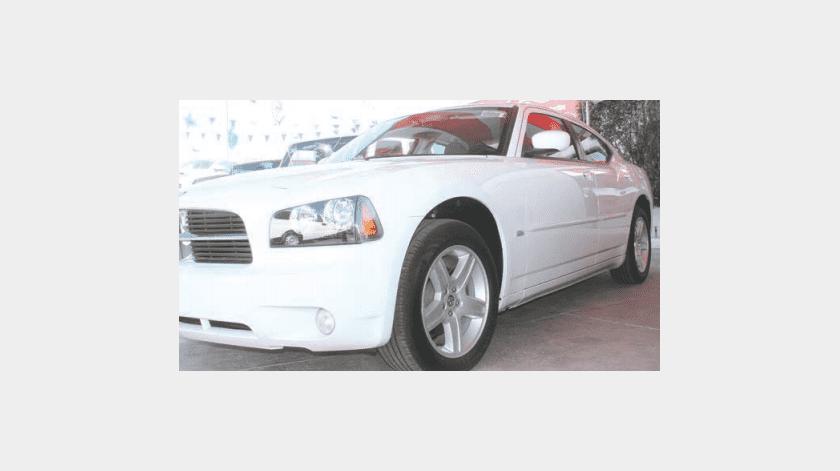 Alertan por fraudes en compra y venta de autos en SLRC(Archivo)