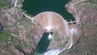 """La presa Lázaro Cárdenas """"La Angostura"""" está al 105.3 % de llenado, el cual aumentó en las últimas 24 horas como consecuencia de las recientes lluvias."""
